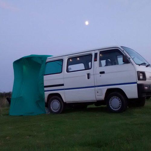 Xe van cắm trại (Camping van)